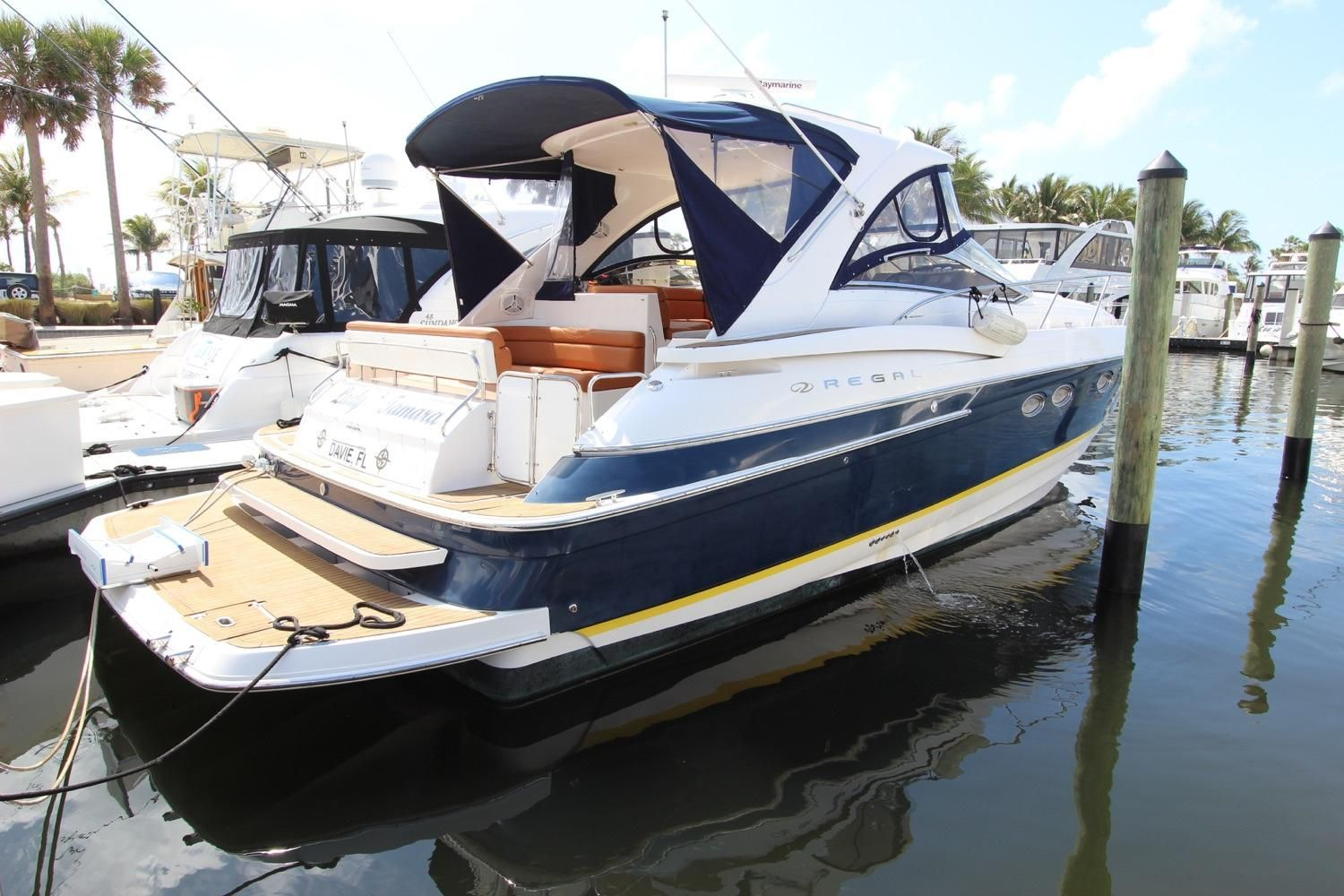 2006 Regal 4460 Commodore Power Boat For Sale Www