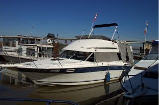 1984 Bayliner 2850 Contessa Flybridge