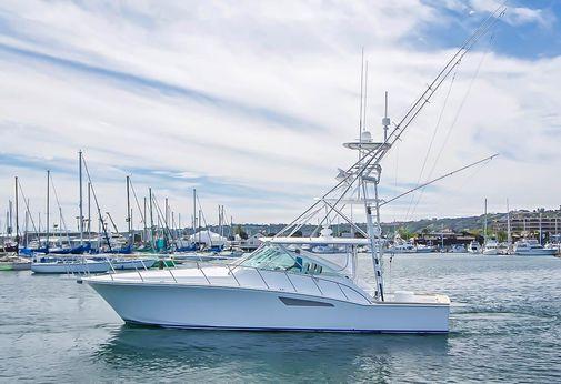 1997 Cabo Yachts 45 Express