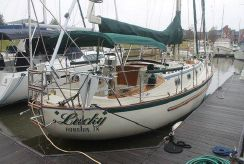 1994 Pacific Seacraft Crealock 37