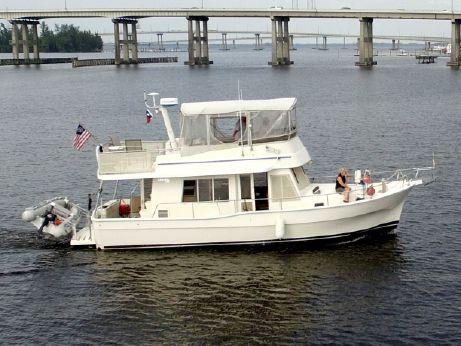 "2004 Mainship ""400"" Trawler"