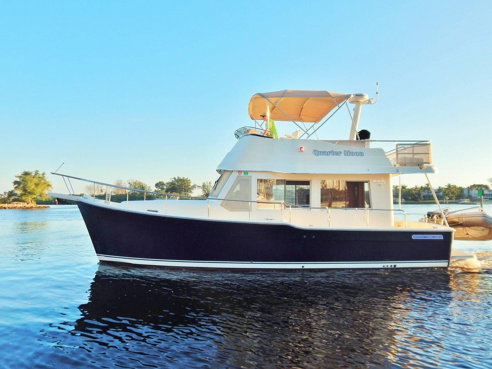 2005 Mainship 34 Trawler W Stabilizers Power Boat For Sale