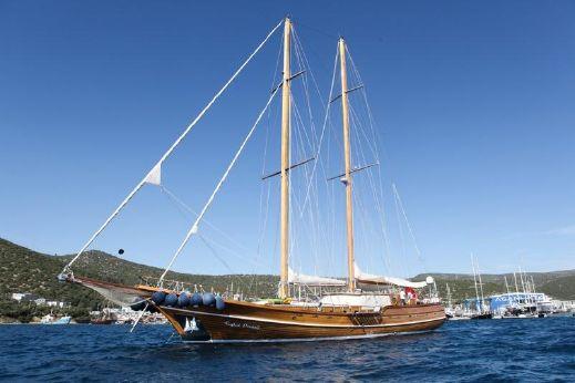 2005 East Yacht