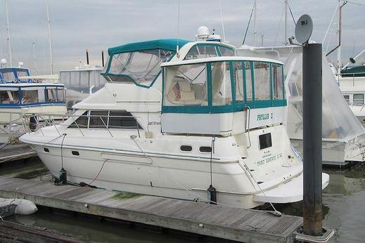 1995 Cruisers 3650 Aft Cabin Motoryacht