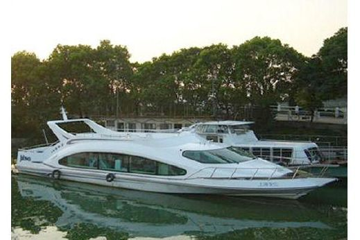 2009 Applause 70'
