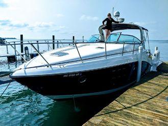 2013 Rinker 360 Express Cruiser