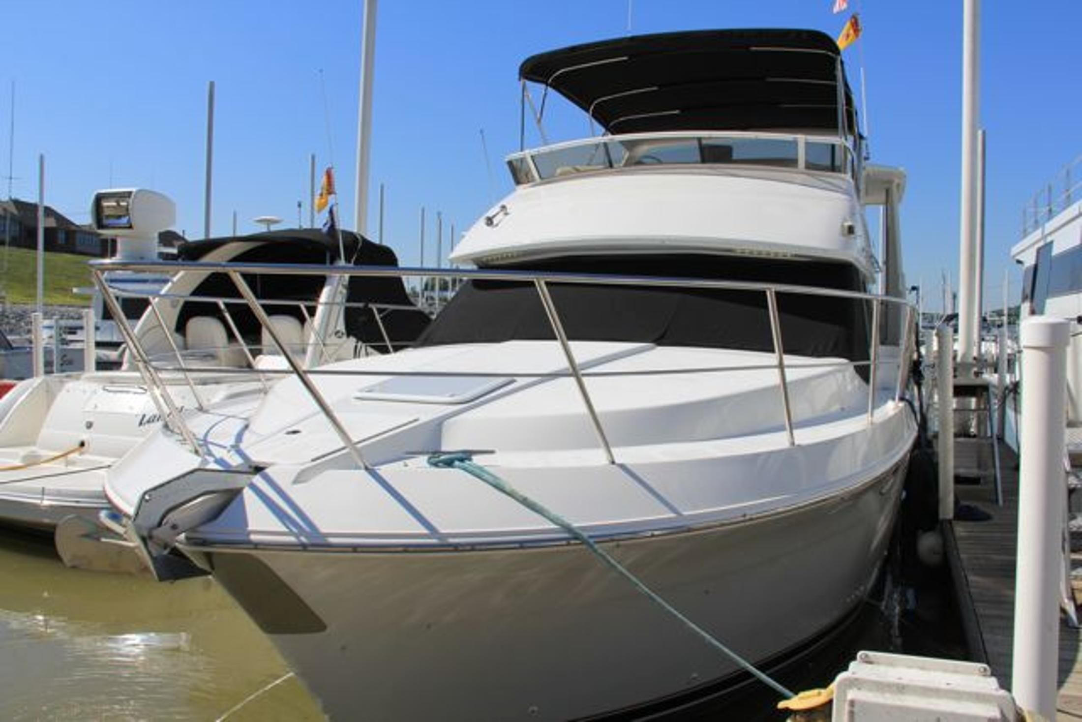 1999 carver 406 aft cabin motor yacht power new and used boats for Carver aft cabin motor yacht