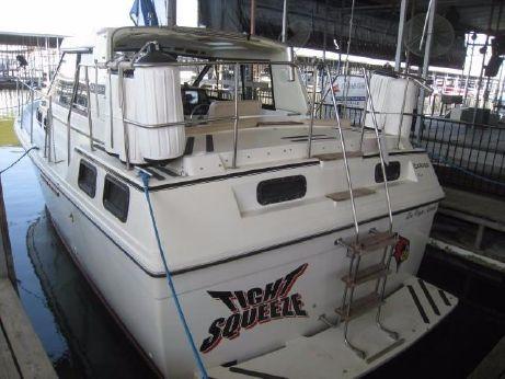 1985 Carver Riviera 2807