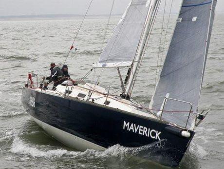 2001 J Boats 120
