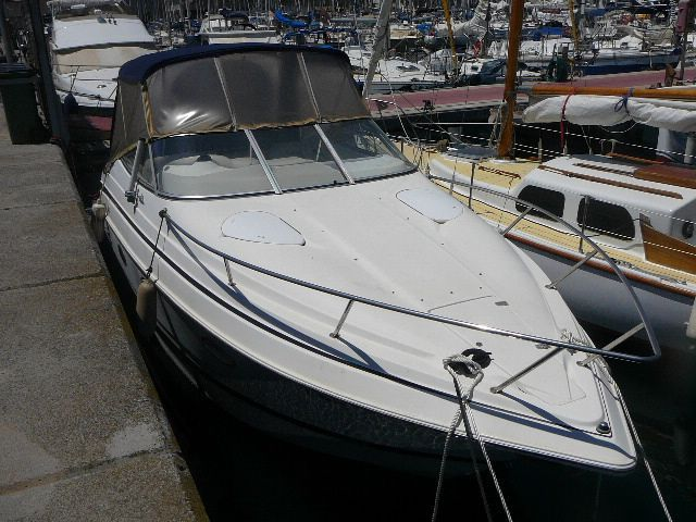 1998 chris craft express cruiser 260 power boat for sale for Chris craft express cruiser for sale
