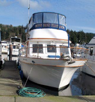 1981 Chb Tri-Cabin Trawler