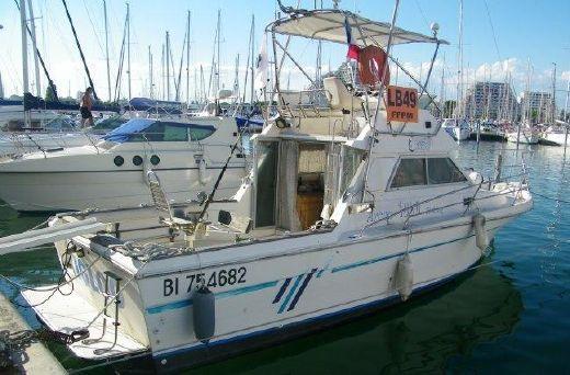 1998 Arcoa 1080 fishing