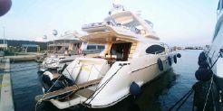 2008 Azimut 68E
