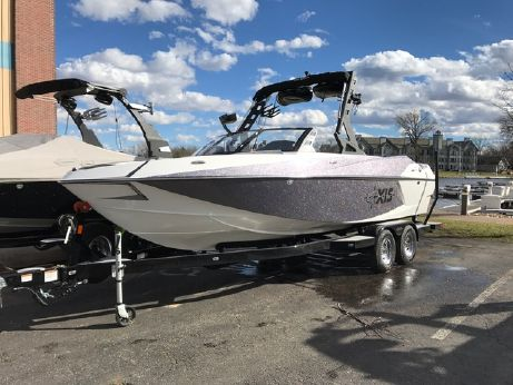2017 Axis Wakeboard Boat T23