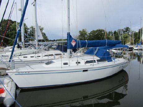 1995 Catalina 320