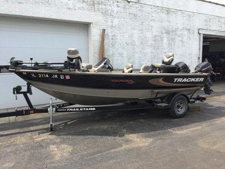 2000 Bass Tracker Targa 17