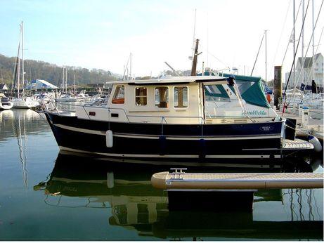 2007 Rhea Marine 850