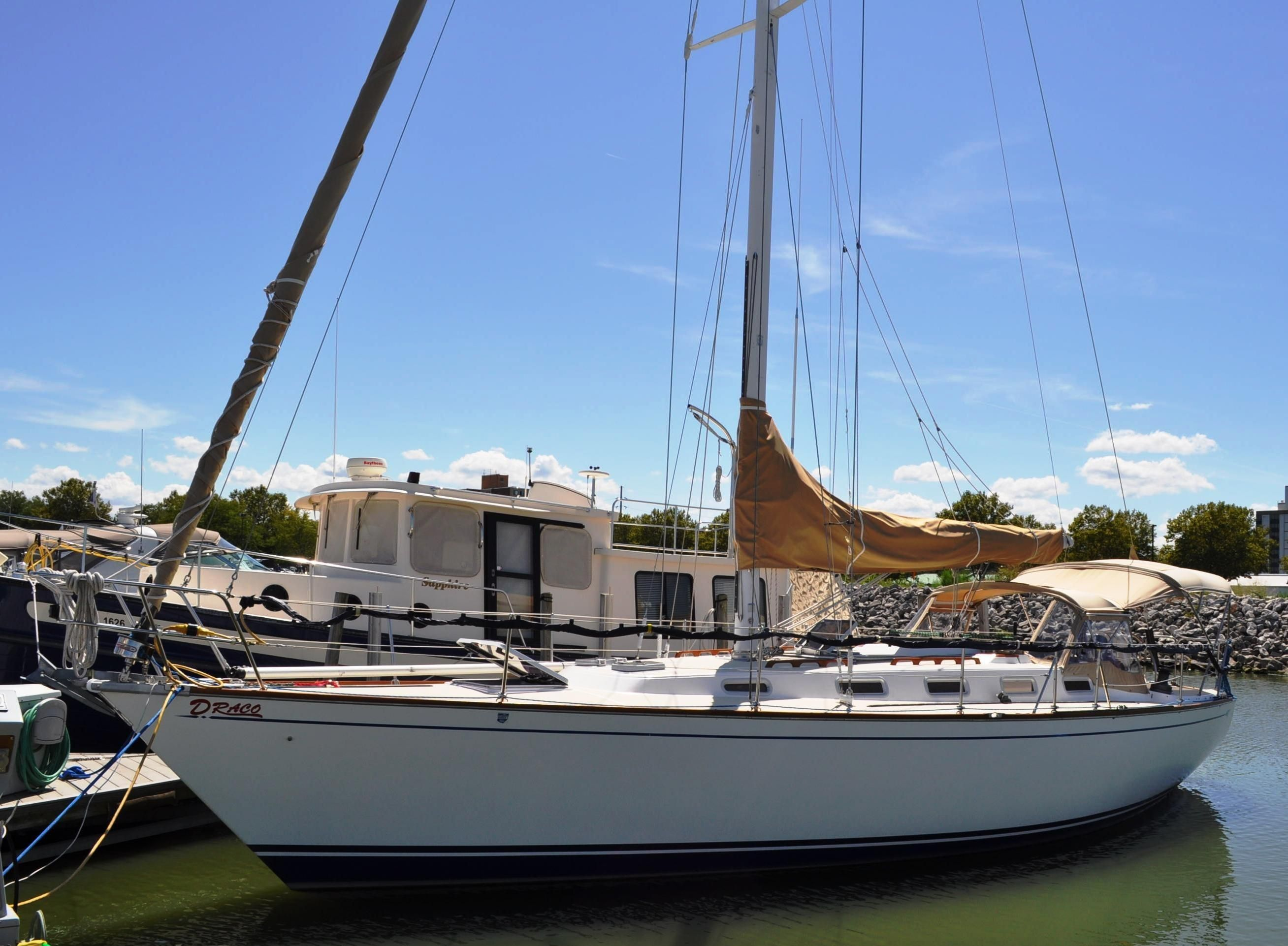 1986 tartan 40 sail boat for sale for Sailboat outboard motor size calculator