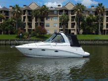 2009 Rinker 260 Express Cruiser