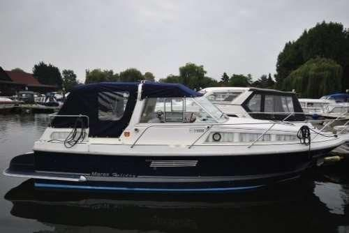 2002 Marex 280 Holiday