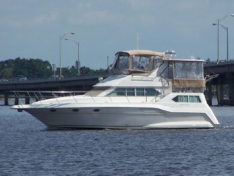 1995 Cruisers Yachts 3950 Esprit AC Motoryacht