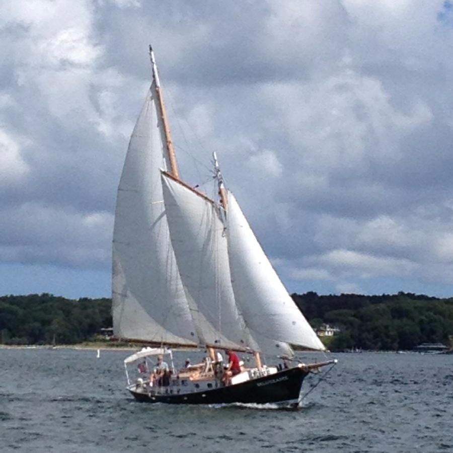 Image gallery two masted schooner for 68 garden design gaff rigged schooner