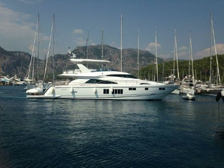 2014 Fairline 78 Custom Yacht