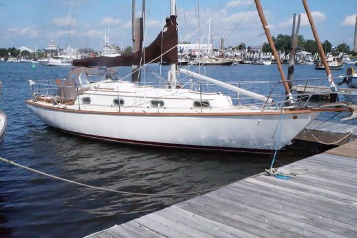 1982 Cape Dory 30 C