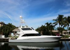 2007 Viking 74 Enclosed Bridge