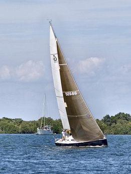 2005 Beneteau 36.7