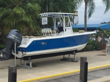 2017 Sea Hunt 234 ultra