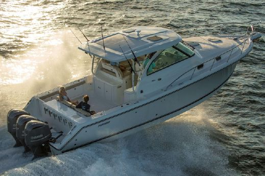 2018 Pursuit OS 385 Offshore