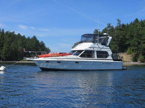 1990 Cooper Yachts 40 Flybridge Sedan