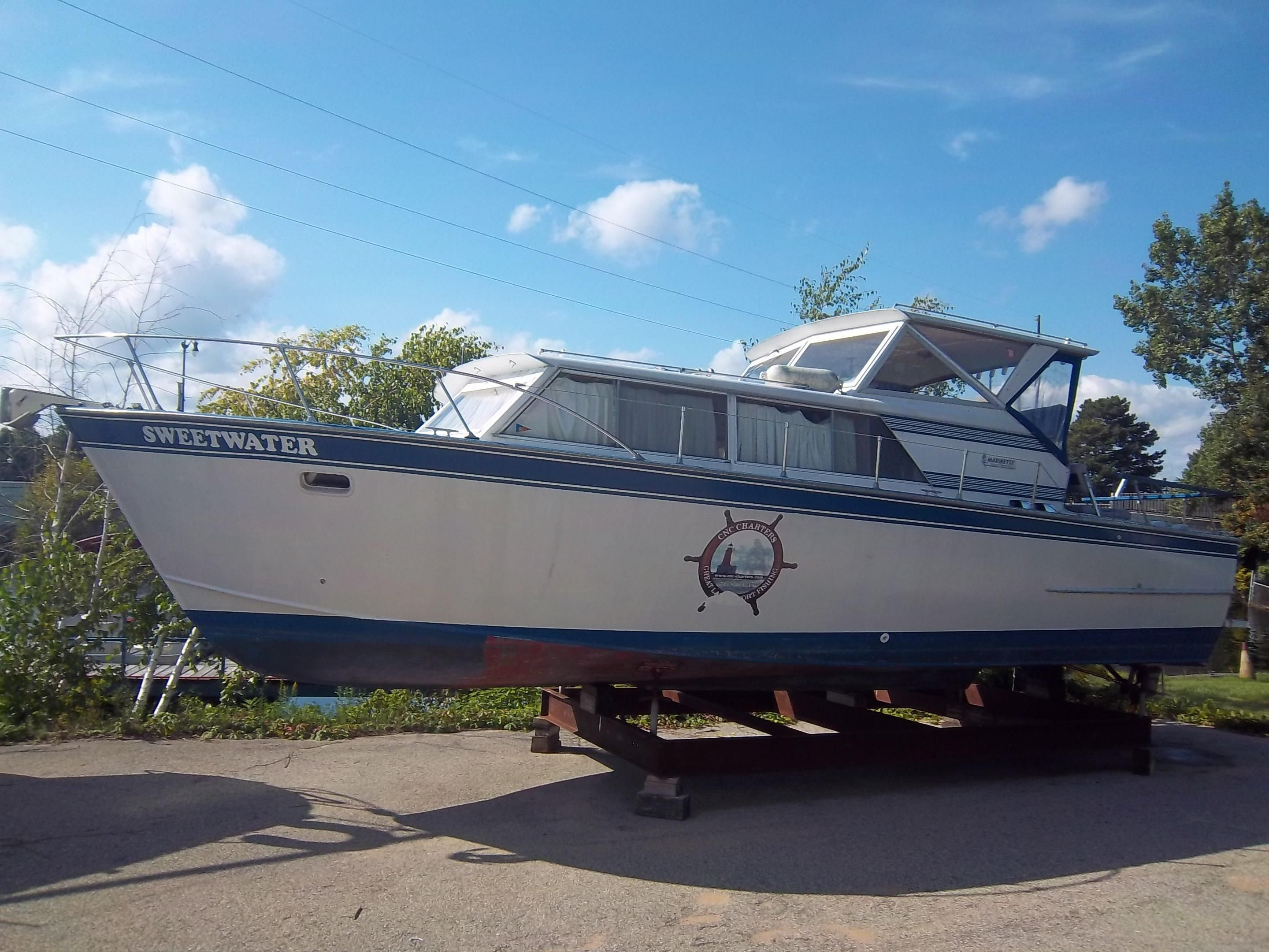 Marinette (WI) United States  City pictures : 1970 Marinette 32 Express Power Boat For Sale www.yachtworld.com