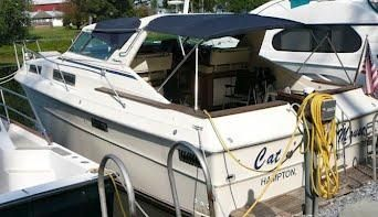 1979 Sea Ray 360 Express Cruiser