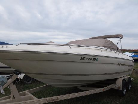 1996 Sea Ray 230 SIGNATURE
