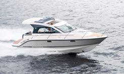 2017 Aquador 30 ST