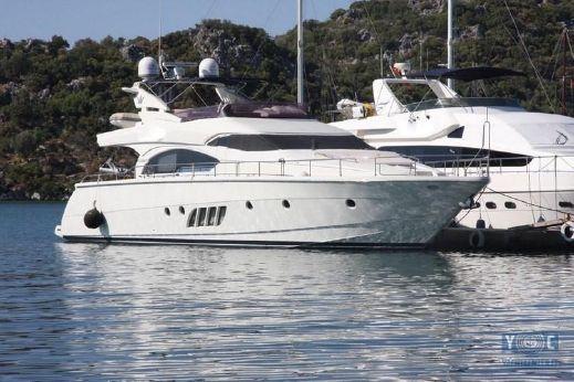 2007 Dominator Yachts DOMINATOR 680S
