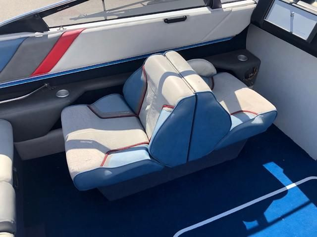 Swell 1987 Bayliner Capri 2150 Bowrider Bowrider For Sale Yachtworld Caraccident5 Cool Chair Designs And Ideas Caraccident5Info