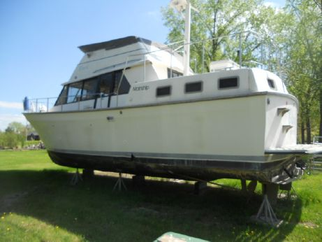 1985 Mainship 40 Double Cabin