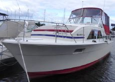 1977 Chris Craft Double Cabin