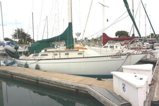 1976 Islander Yachts 36 Sloop