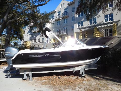 2012 Sea Hunt 220 ESCAPE LE
