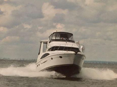 2002 Carver 39 Motor Yacht