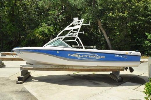 2005 Correct Craft Ski Nautique 206 Limited