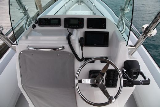 2015 Protector 30 Center Console
