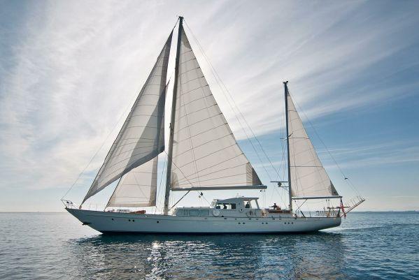1967 Camper  U0026 Nicholsons Cutter Rigged Ketch 97 U0026 39  Sail Boat