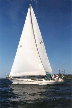 1982 C&C Landfall 38