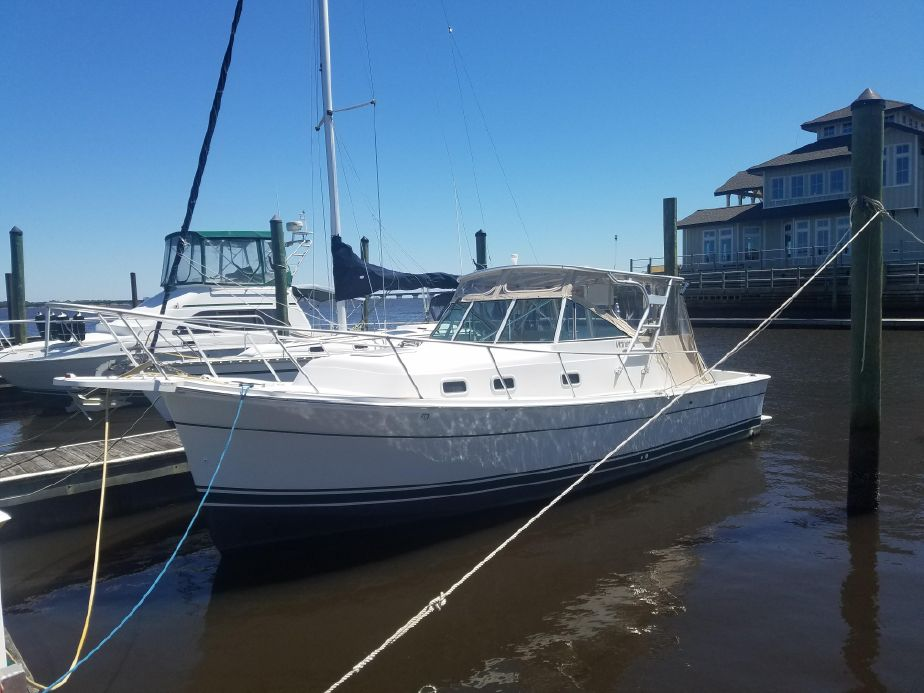 2000 Mainship Pilot 30 Power Boat For Sale - www.yachtworld.com on