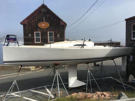 2016 J Boats J/88